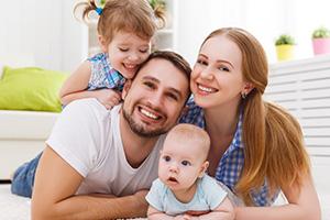 Trabajar en tu propia felicidad te vuelve mejor Mamá o Papá